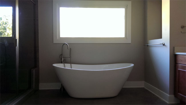 New Bathtub in New Bathroom Renovation